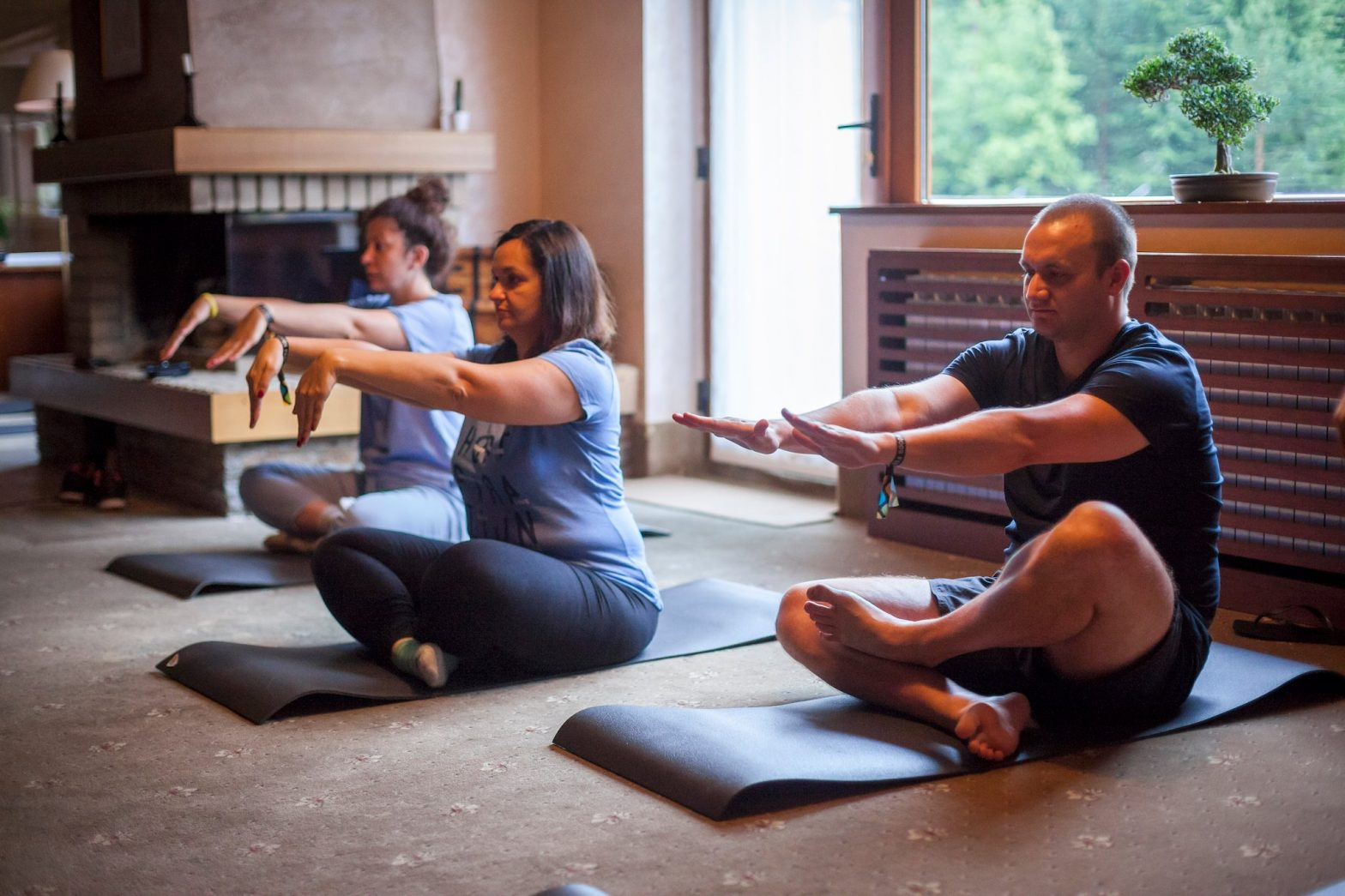Yoga al team building di SiteGround